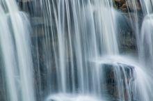 合肥天鹅湖看瀑布