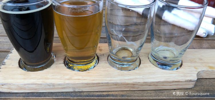 The Grizzly Paw Brewing Company3