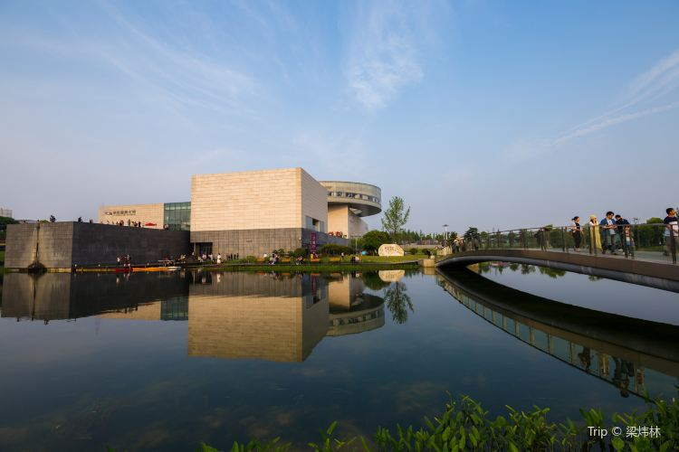 Xiezilong Yingxiang Art Center1