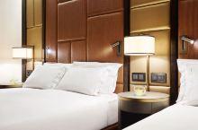 值得一去的酒店——布达佩斯希尔顿酒店(Hilton Budapest)  黎明十分,夕阳西下,浪漫夜