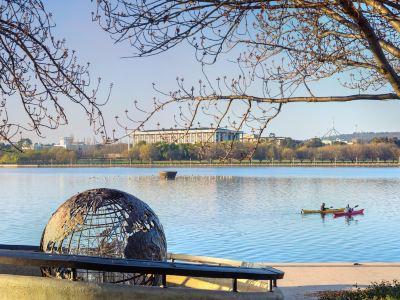 伯利.格裡芬湖