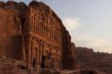 神秘的千年古城佩特拉城