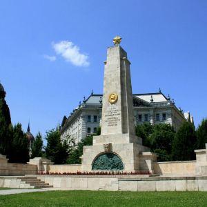 布达佩斯自由广场旅游景点攻略图