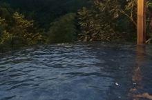 泡温泉,游竹海。