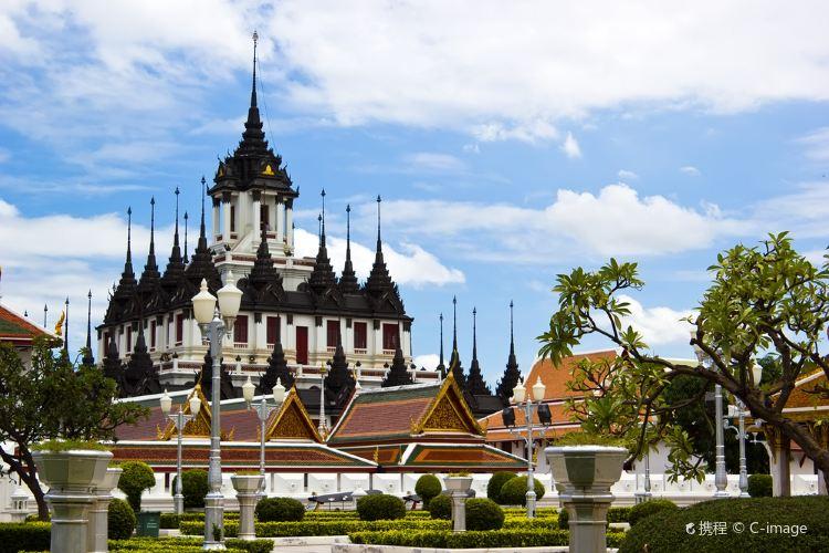 Wat Ratchanatdaram Woravihara (Loha Prasat)2