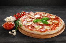 原来必胜客卖的是假披萨?!网友:我活活被骗了几十年啊!