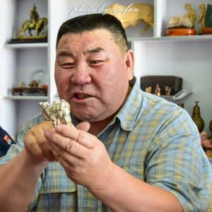 阿巴嘎旗游记图文-民族的就是世界的,旅行中遇见的内蒙古象棋雕刻