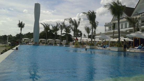 Vue Beach Club