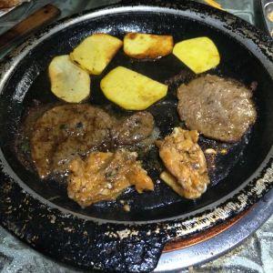 韩红石板肉(范西路店)旅游景点攻略图