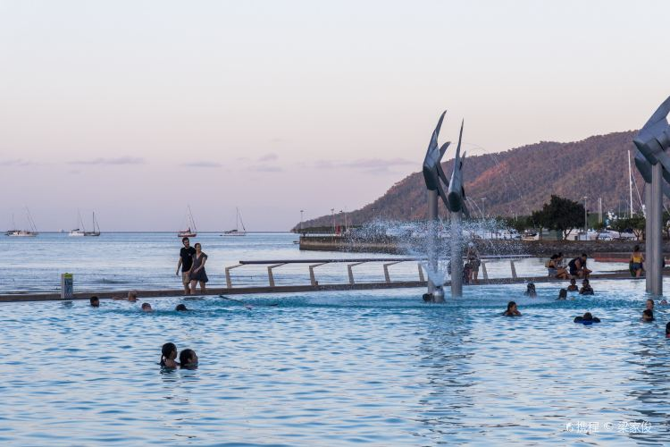 Cairns Esplanade Lagoon1