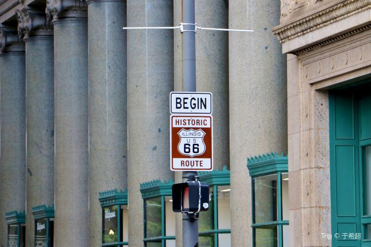 Historic Rt 66 Begin Sign3