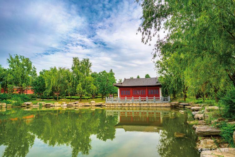 Qianlong Palace1