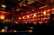 东莞之夜,迷离在尊尚酒吧