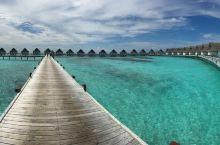 马尔代夫圣塔拉岛水屋全景