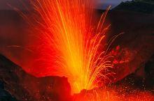 探秘!近距离接触火山爆发