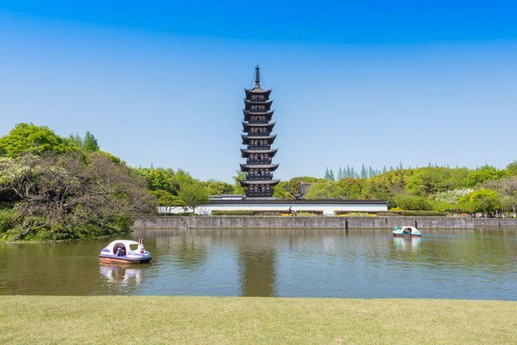 Songjiang Square Pagoda3