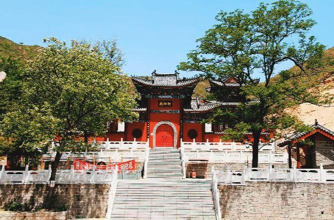 Qinglong Mountain1