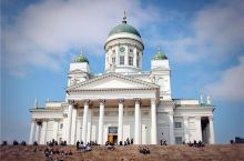 赫尔辛基 | 纯净的艺术之都  赫尔辛基不大,靠双脚就可以丈量几乎所有景点。