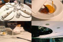 南宁高逼格西餐厅—VMIXTOP蜜桃 位置:南宁华润大厦C座2楼 人均:450,加10%服务费 菜品