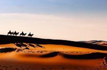 穿越腾格里沙漠 | 2天1夜的精彩体验