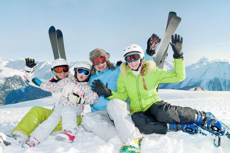 伊利希安江村度假村滑雪場1