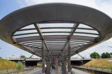 🇳🇱荷兰的工匠精神:一条地铁🚇建了20年