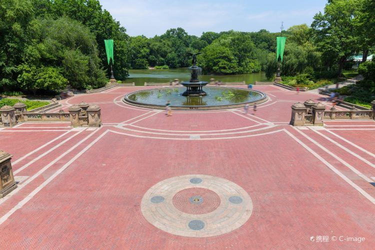 Bethesda Fountain4