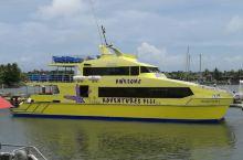 丹娜努港的游艇