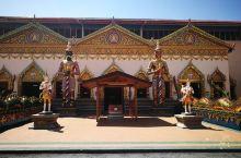 卧佛寺外景