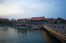 东昌湖夜景好美啊!