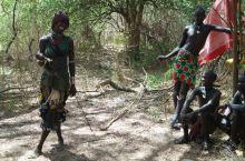 走进非洲-埃塞俄比亚南部跳牛成人礼