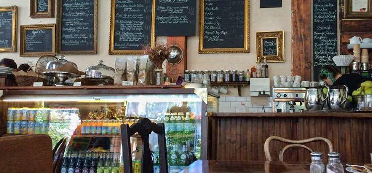 Finch's Teahouse