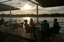 尼罗河的日与夜