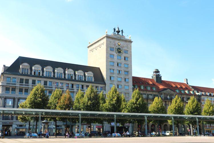 Augustusplatz1