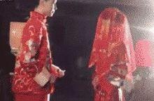 发生在婚礼现场的这一幕,触动了多少人……