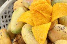 东方的农村,体验各种原汁原味的当地水果和特色小吃