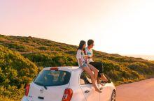 跟喜欢的人在扎金索斯的蓝洞欣赏日落