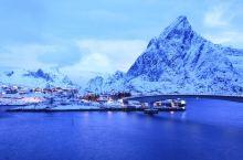 世界尽头与冷酷仙境——挪威至北的极夜风情