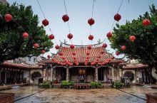 探访罗大佑的鹿港小镇,寻找妈祖庙后的小杂货店
