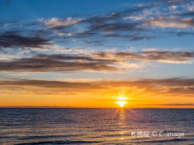 Sunrise on Heima River