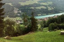 因特拉肯布里恩茨湖