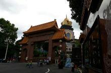 雄偉狀觀現代建築佛寺