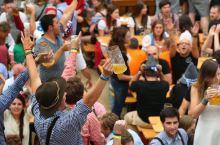 """国庆去哪儿嗨?慕尼黑啤酒节等你来与全世界的""""酒迷""""一起狂欢!"""