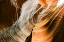 甘泉: 雨岔大峡谷观奇