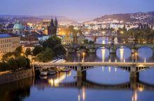 我就站在布拉格黄昏的查理大桥(3)
