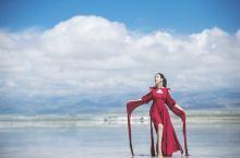 第二次去茶卡盐湖,天空之镜中的一抹红色