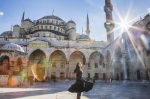 世界上唯一的六座宣礼塔清真寺--蓝色清真寺