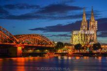 世界文化遗产科隆大教堂,夜幕下犹如油画!