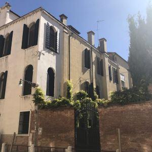 韦尼耶•莱奥尼宫旅游景点攻略图