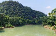 七星公园位于桂林市区漓江支流小东江畔,绿化覆盖率达84%,是桂林市面积最大、历史最悠久、景致最多的综